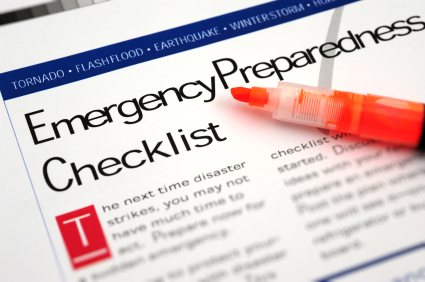making an emergency preparation checklist for your family