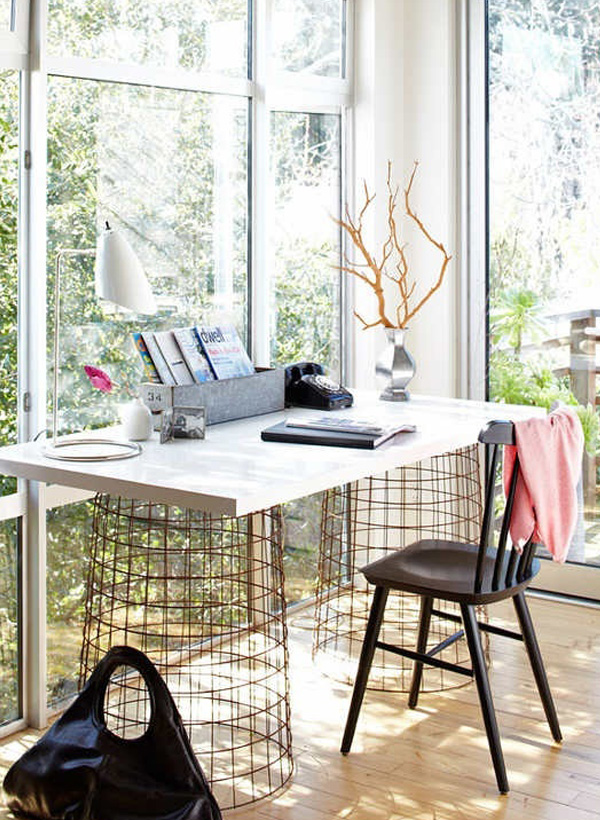 Computer-desk-with-wire-basket-legs